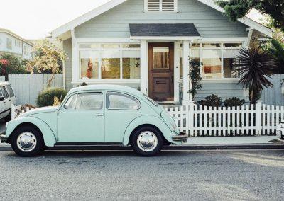 1000x700-pexels-blue-car-1
